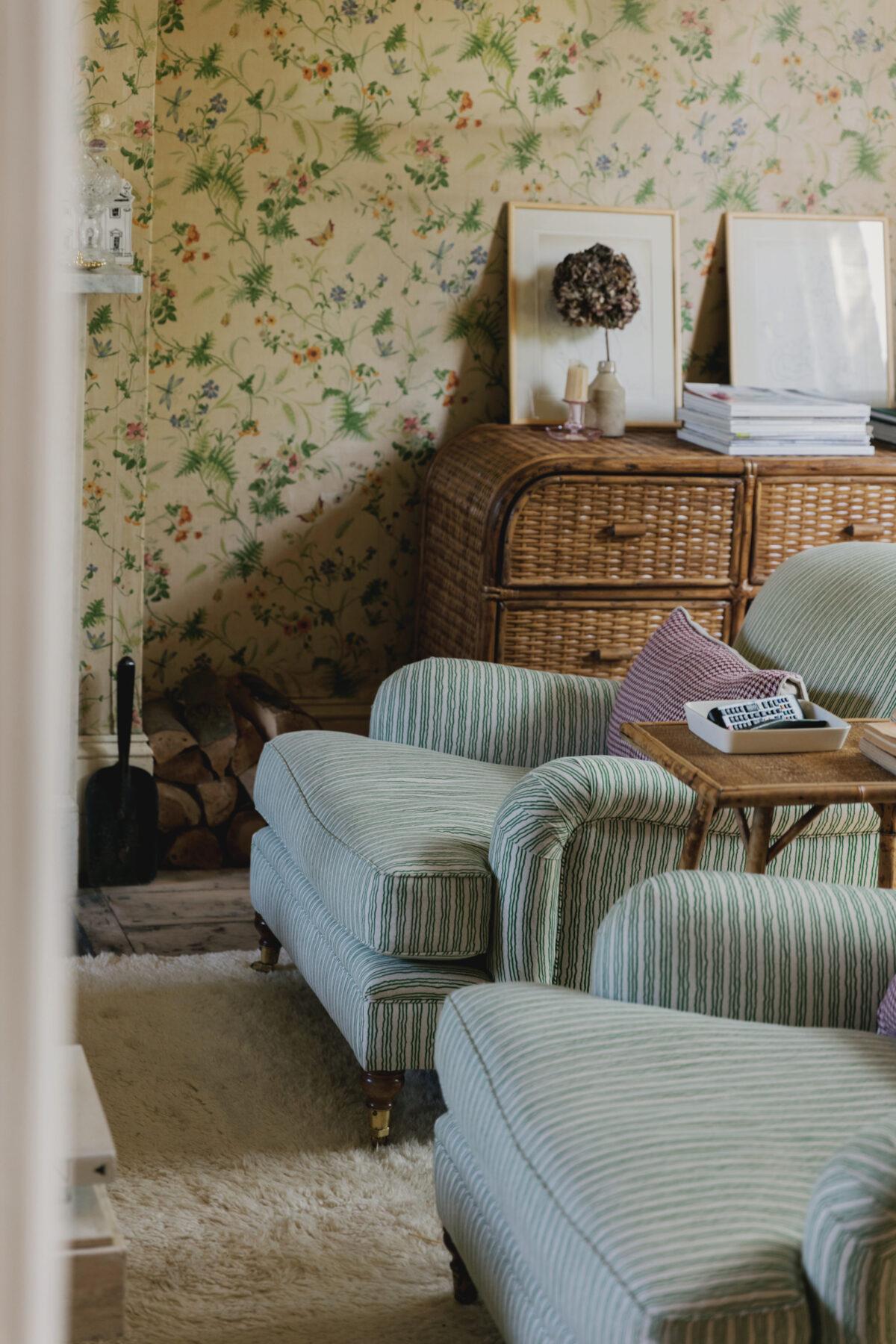 Cottagecore - Laura Jackson via The Modern House - 2